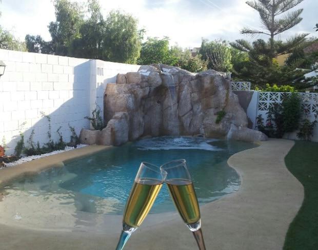 Como hacer una alberca peque a en casa con sencillos trucos for Como hacer una piscina