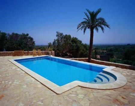 Como hacer una piscina moderna con estos sencillos consejos for Como se hace una piscina