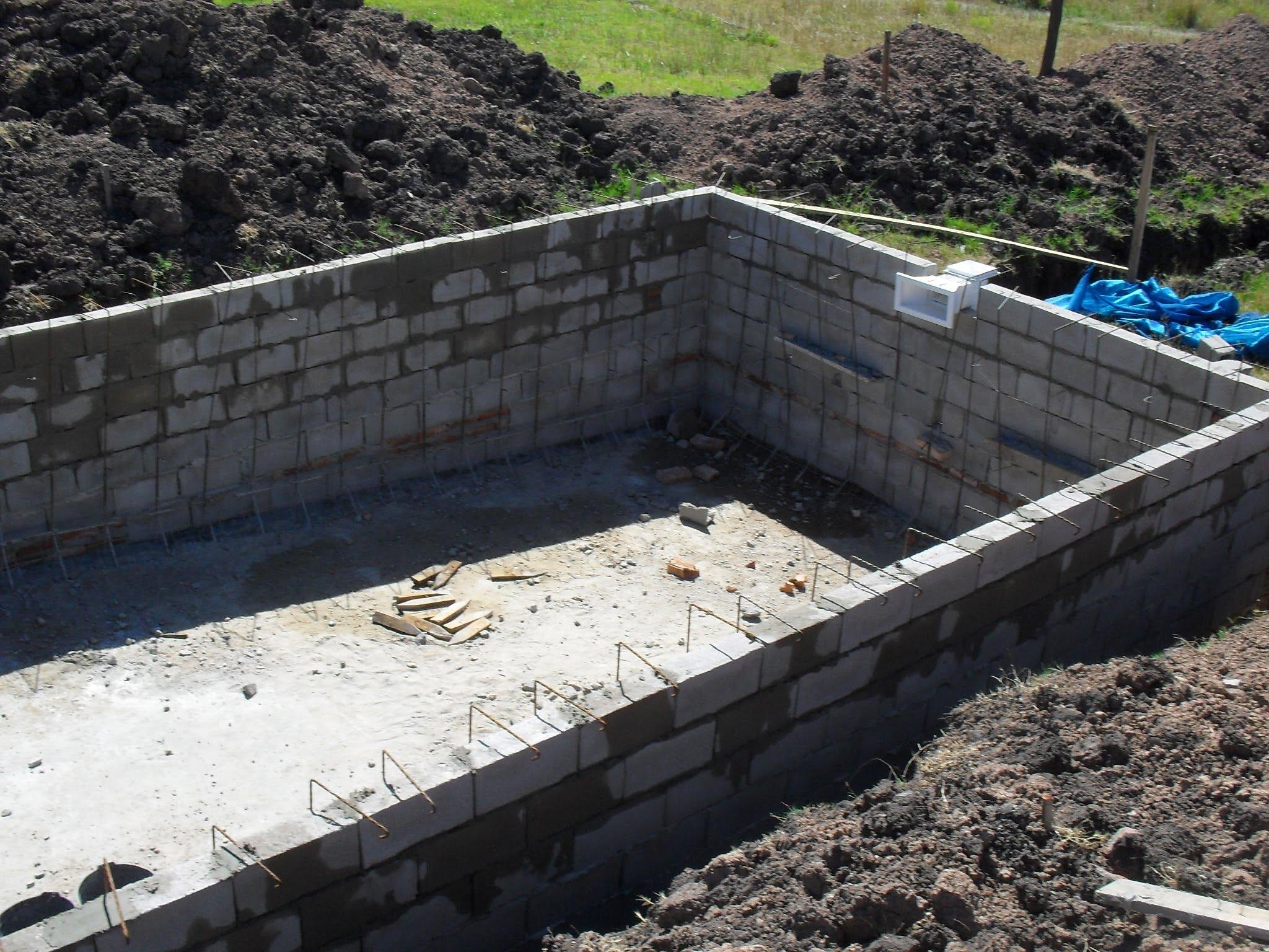 Como hacer una piscina de cemento paso a paso sencillo for Fabricacion de piscinas