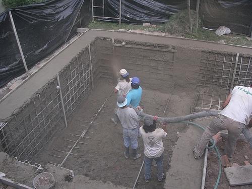 Como hacer una piscina de cemento paso a paso sencillo for Como se construye una piscina de concreto