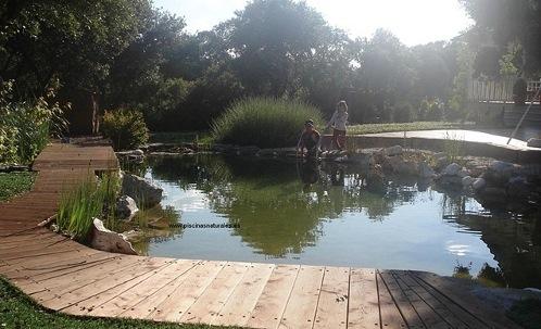 Como hacer una piscina natural incre blemente f cil for Como hacer una piscina natural en casa
