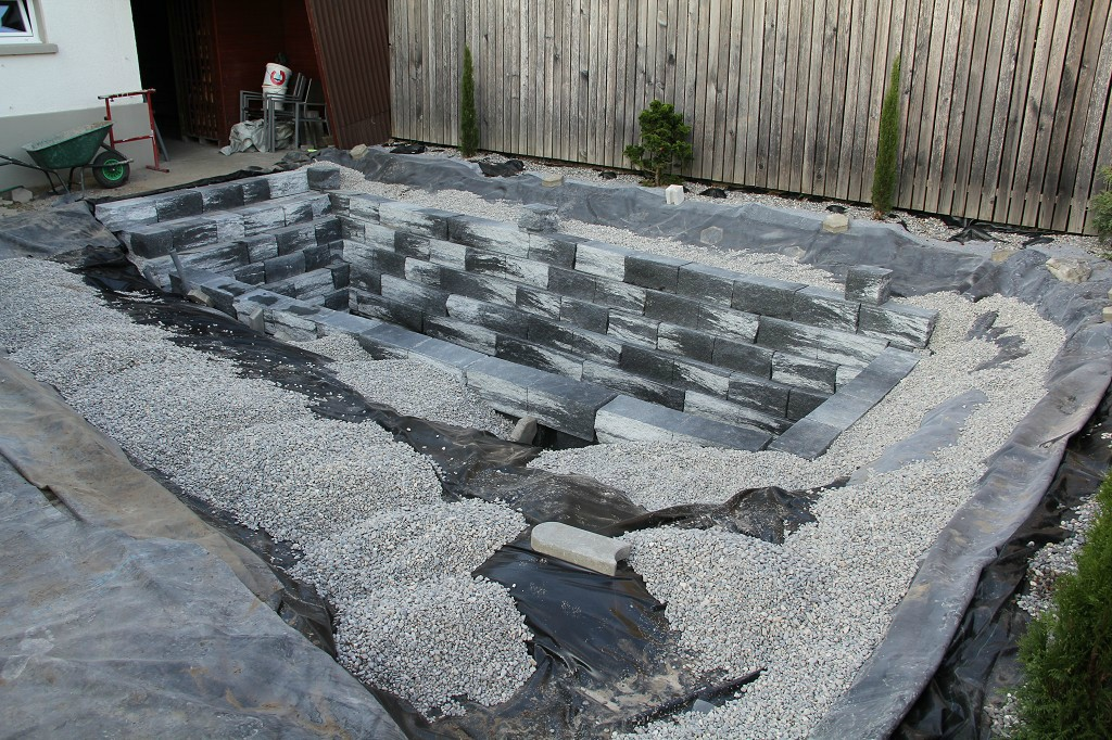Como hacer una piscina natural en casa for Como construir una piscina en concreto