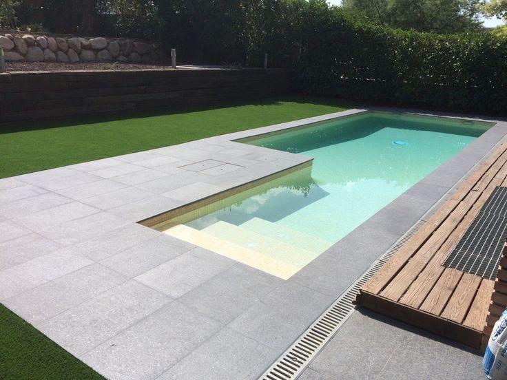 Como construir piscina de hormigon for Como armar una piscina redonda