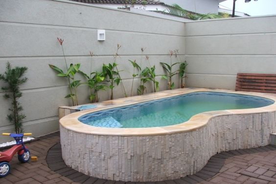 Materiales para construir una piscina finest como for Como hacer una piscina natural en casa