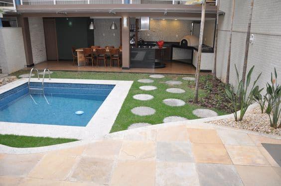 Como hacer una piscina peque a en casa en sencillos pasos for Casas con piscina interior fotos