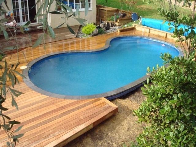 Como hacer una piscina casera sencilla muy f cil con la for Como hacer una alberca con tarimas