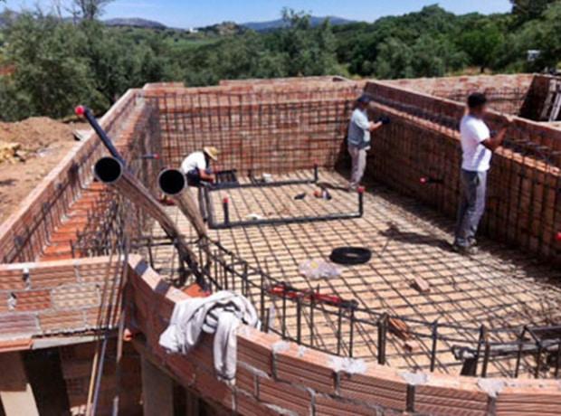 Como hacer piscina de cemento proyectado for Construccion de piscinas de concreto