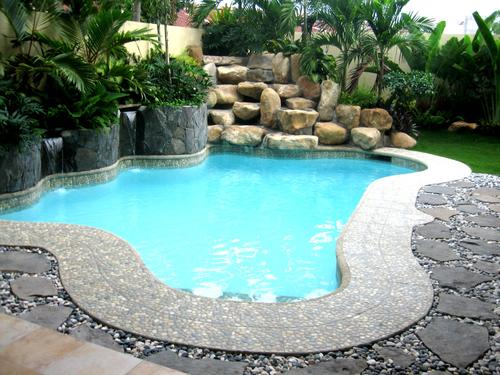 Como hacer una piscina peque a paso a paso muy acogedora for Fotos casas de campo con piscina