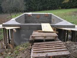 Como hacer una piscina con bloques de hormig n for Hacer piscina casera