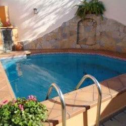 Como hacer una piscina peque a paso a paso muy acogedora for Cuanto sale hacer una pileta de material