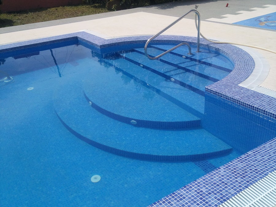 Como construir piscina de hormigon for Piscina hormigon armado