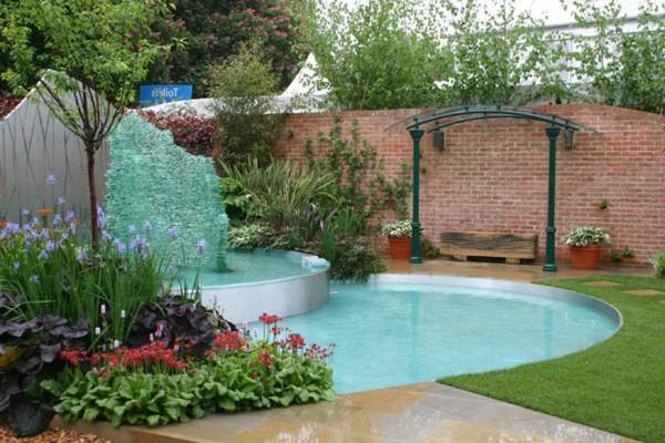 Como hacer una piscina peque a en el jard n en pocos pasos for Como hacer una piscina pequena en casa