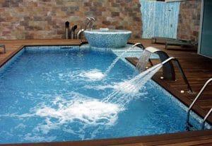 Como hacer una piscina de obra con ladrillos for Piscina somontes