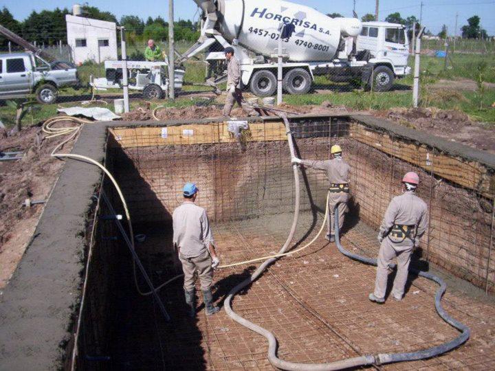 Como hacer piscinas de hormigon facilmente for Como se construye una piscina de concreto