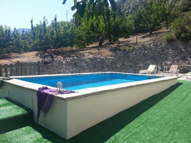 Como hacer piscina de obra elevada for Precio construccion piscina de obra
